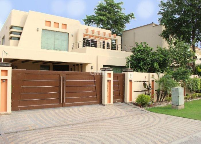 1 Kanal bangalow for Rent in Lahore DHA Phase-6 Block H