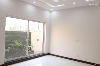 10 Marla House for Rent in Lahore Overseas Extension