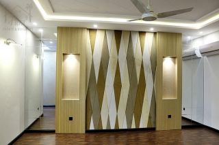 10 Marla House for Sale in Lahore DHA
