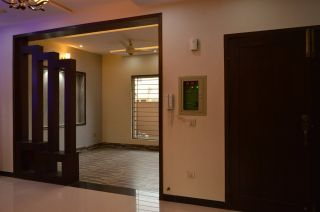 1800 Square Feet Apartment for Rent in Karachi Nishat Commercial Area