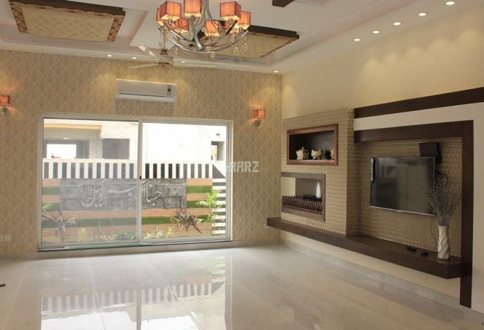 2 Kanal Commercial House for Rent in Lahore Gulberg