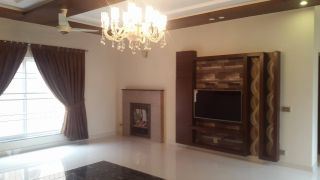 3250 Square Feet Apartment for Rent in Islamabad F-11