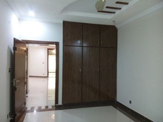 675 Square Feet Apartment for Rent in Lahore Bahria Town