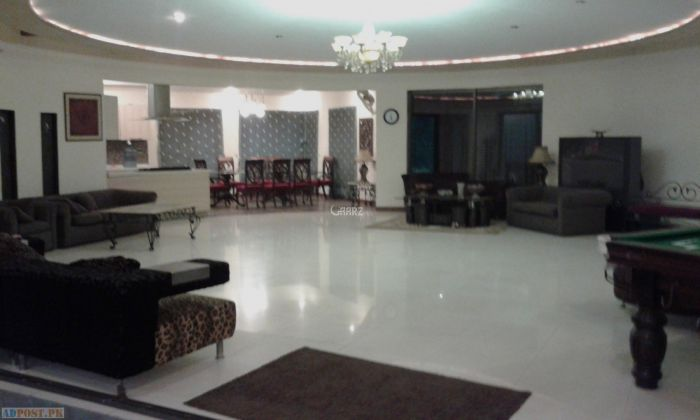 840 Square Feet Floor for Rent in Lahore DHA Phase-6 Main Boulevard