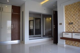 950 Square Feet Apartment for Rent in Karachi DHA Phase-5