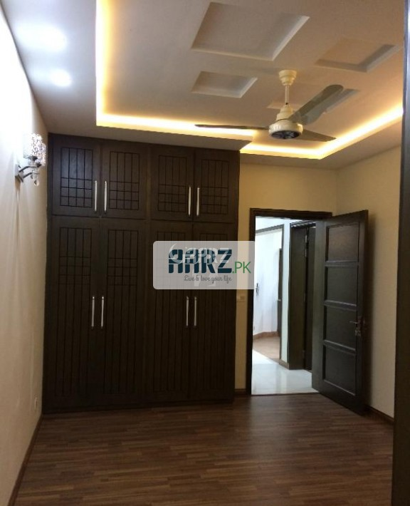 10 Marla House For Sale In Bahria Town Safari Valley