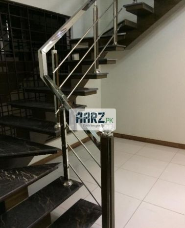 11 Marla House for Sale in Rawalpindi Bahria Town Phase-4