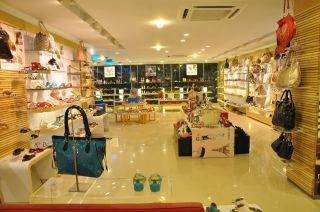 1300 Square Feet Commercial Shop for Rent in Islamabad F-8