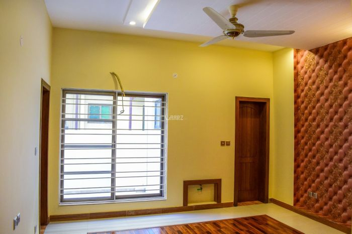 2100 Square Feet Apartment for Sale in Islamabad F-11