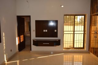 1150 Square Feet Apartment for Rent in Karachi DHA Phase-5