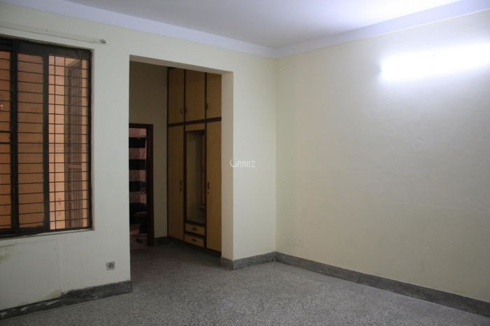 1213 Square Feet Apartment for Sale in Karachi DHA Phase-8