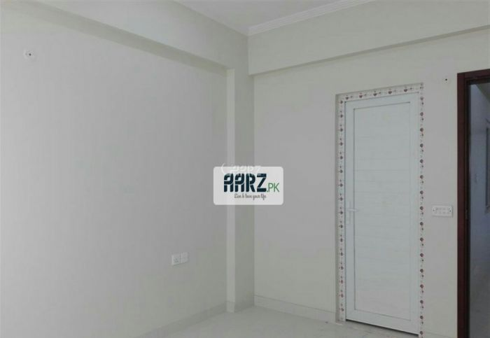 1750 Square Feet Apartment for Sale in Karachi Bukhari Commercial
