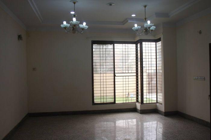 1750 Square Feet Apartment for Sale in Karachi DHA