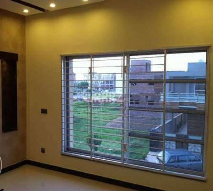 550 Marla Apartment for Sale in Karachi DHA Phase-6