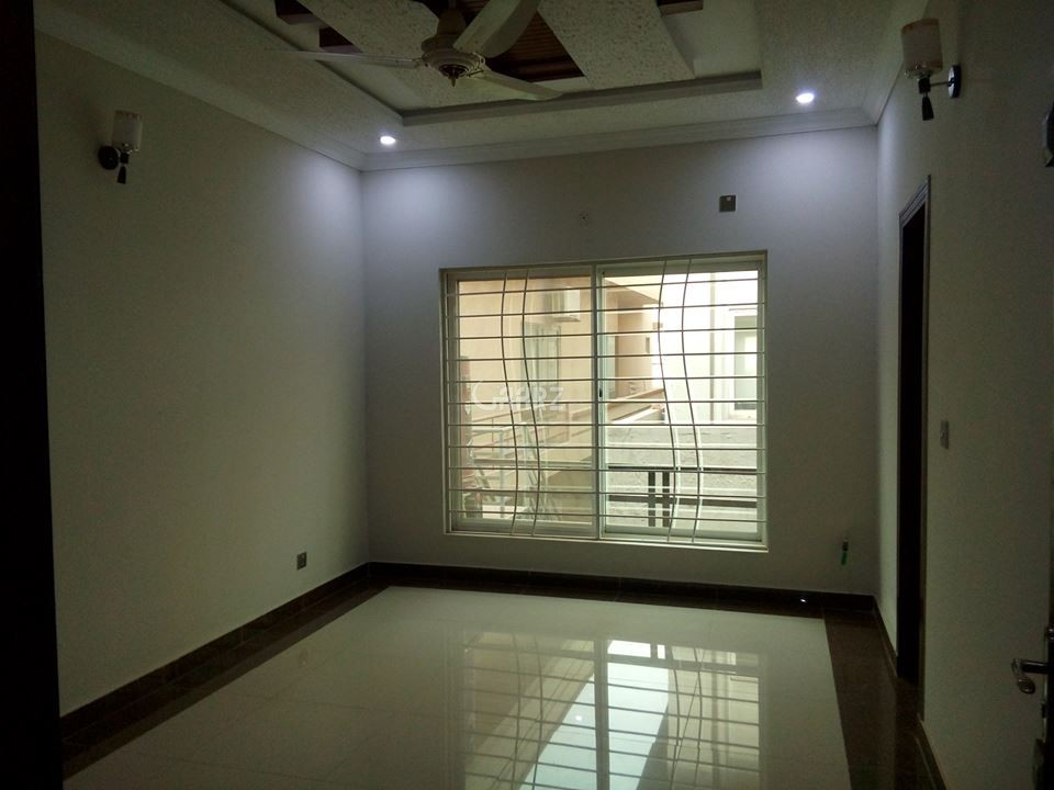 11 Marla House for Rent in Rawalpindi Bahria Town Phase-2