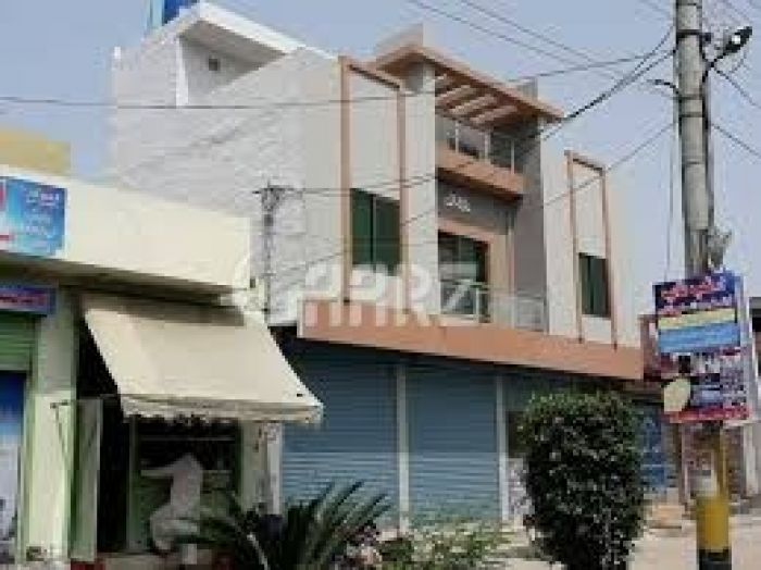 2250 Square Feet Commercial Building for Sale in Lahore College Road