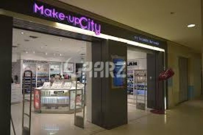 3500 Square Feet Commercial Shop for Rent in Karachi Shaheed Millat Road