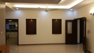 1 Kanal House for Sale in Islamabad E-11/3