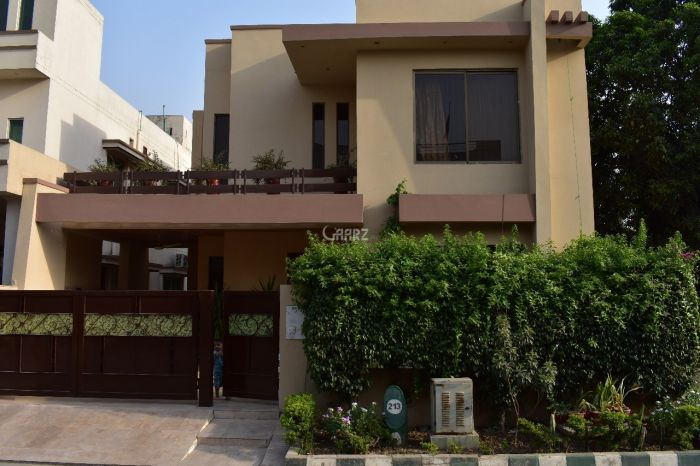 10 Marla House for Sale in Lahore Sukh Chayn Garden