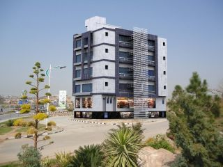 200 Square Yard Commercial Building for Sale in Karachi DHA Phase-4