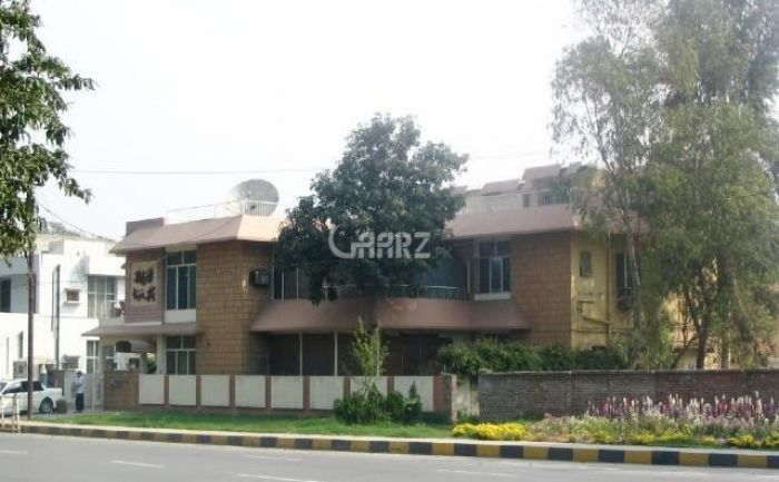 3.8 Kanal House for Sale in Lahore Main Boulevard Gulberg
