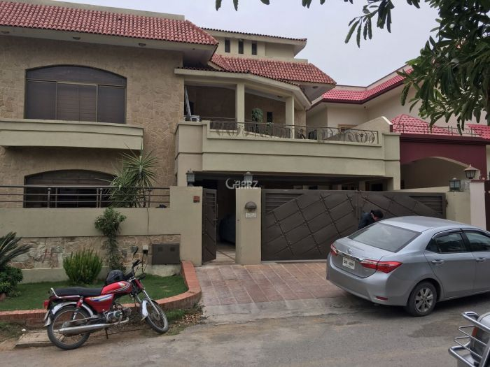 550 Square Yard House for Sale in Karachi DHA Phase-5