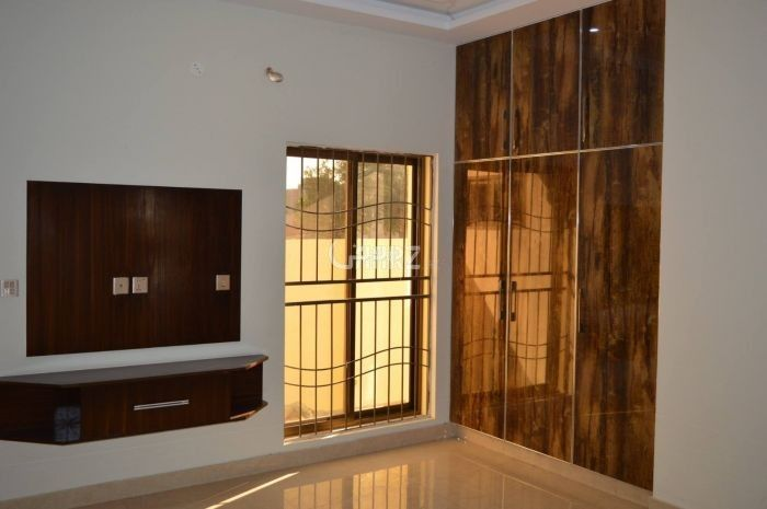 7 Marla Apartment for Sale in Islamabad F-11 Markaz