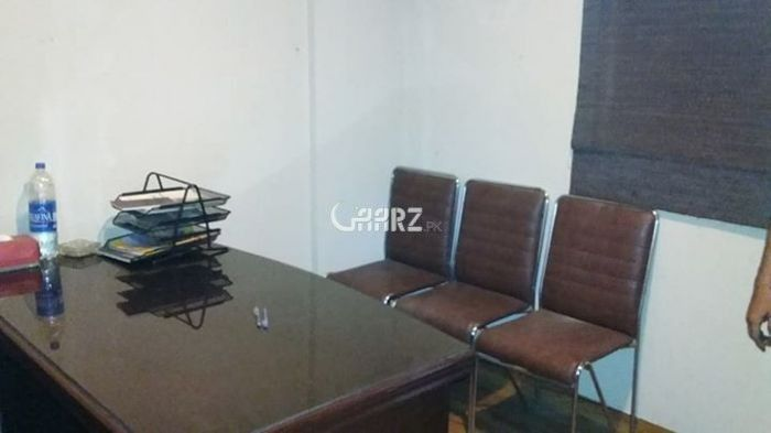 900 Square Feet Commercial Office for Rent in Karachi Shahbaz Commercial Area