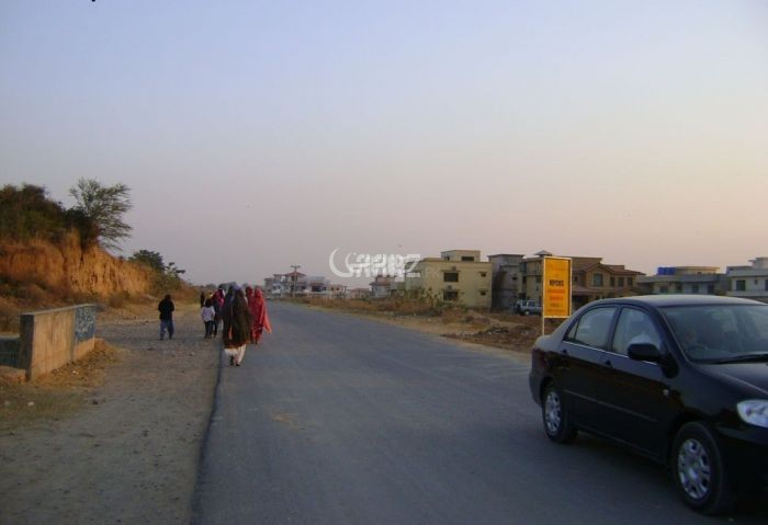 1 Kanal Residential Land for Sale in Lahore Gulbahar Block