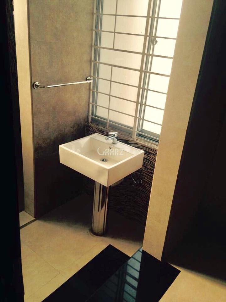 11 Marla House for Sale in Rawalpindi Bahria Town Phase-8