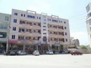 200 Square Yard Commercial Building for Sale in Karachi DHA Phase-8