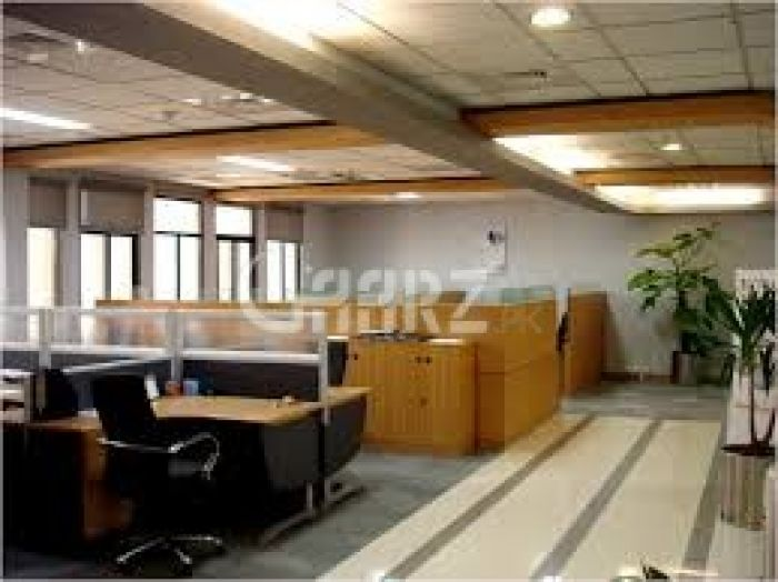 4400 Square Feet Commercial Office for Rent in Karachi Clifton Block-9