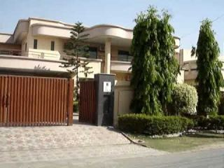 500 Square Yard House for Sale in Karachi DHA Phase-7