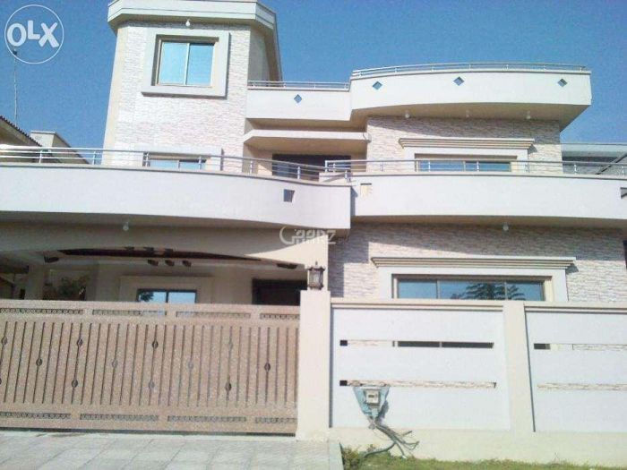 550 Square Yard Upper Portion for Rent in Karachi DHA Phase-2