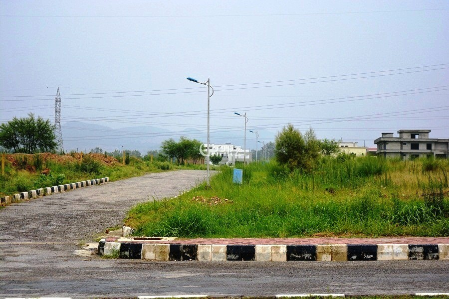 1 Kanal Residential Land for Sale in Lahore DHA Phase-8 Block-5