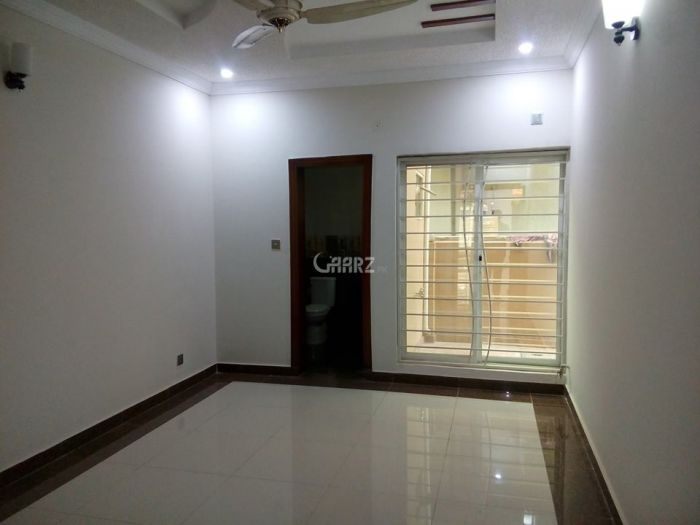 10 Marla Upper Portion for Rent in Lahore New Super Town