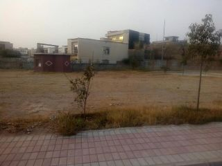 133 Square Yard Plot for Sale in Karachi Scheme-33