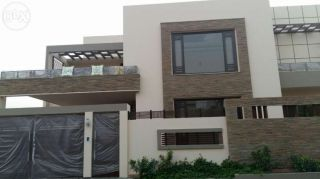 550 Square Yard House for Sale in Karachi DHA Phase-4