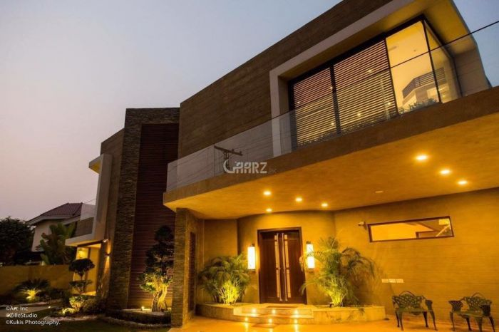 700 Square Yard House for Rent in Karachi DHA Phase-5