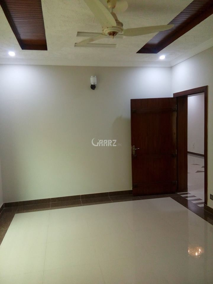 1 Kanal House for Rent in Lahore Phase-6 Block D