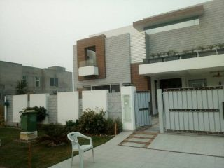 1 Kanal House for Rent in Lahore Phase-6 Block H