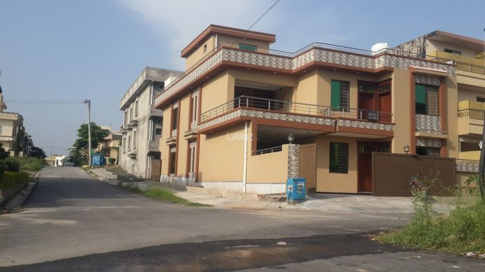 10 Marla House for Sale in Lahore Bankers Co-operative Housing Society
