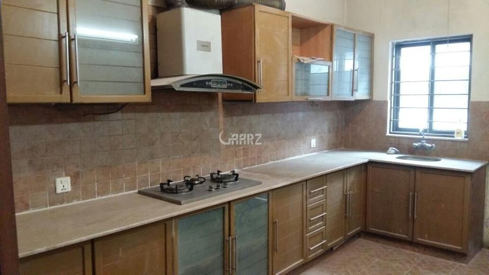10 Marla House for Sale in Lahore Phase-8 Block S