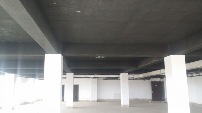 9500 Square Feet Commercial Office for Rent in Karachi Saddar Town