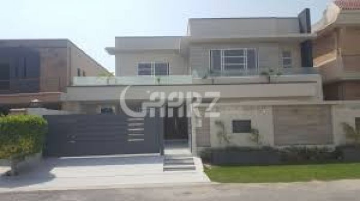 10 Marla House for Sale in Lahore Bankers Avenue