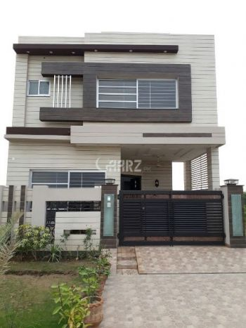 1 Kanal House for Sale in Lahore Canal View