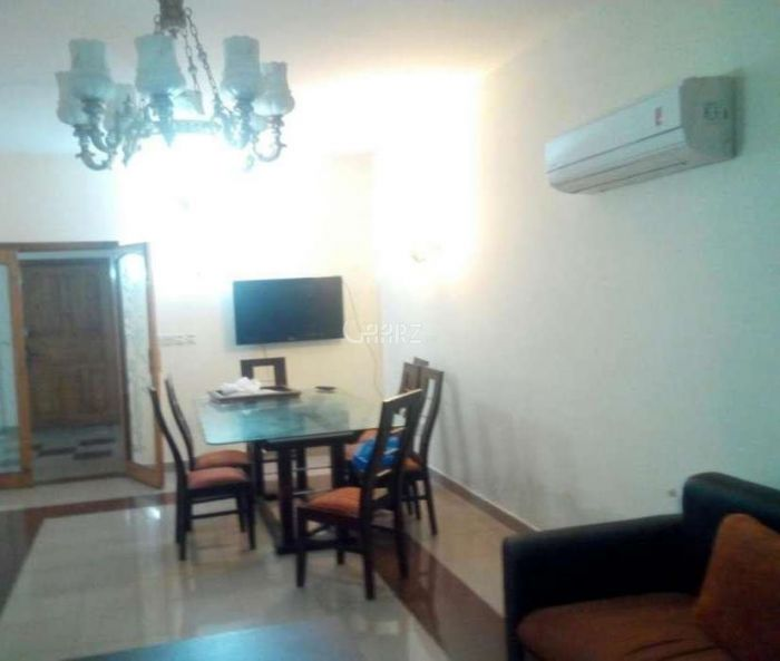 10 Marla Lower Portion for Rent in Lahore Gulbahar Block