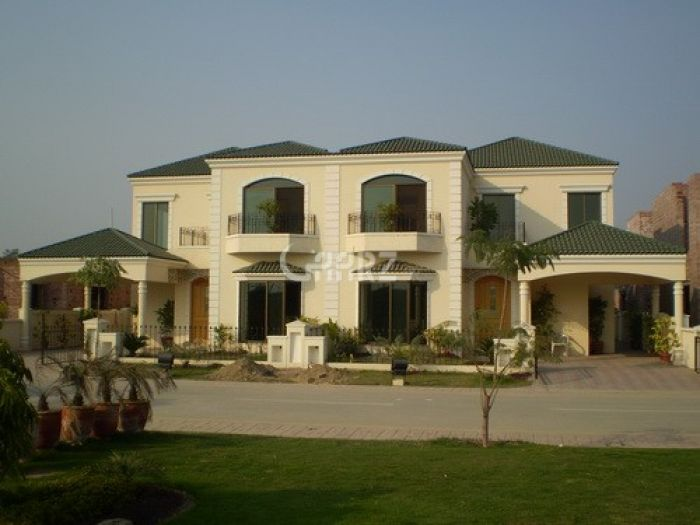 10000 Square Yard House for Rent in Karachi DHA Phase-8