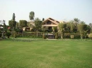 12 Kanal Farm House for Rent in Lahore Green Acres Housing Society