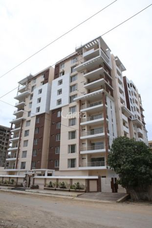 2700 Square Feet Apartment for Sale in Karachi Royal Elite